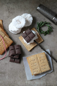 christmas smores egg nog marshmallows and spiced graham crackers