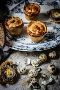 pork pies with quails eggs
