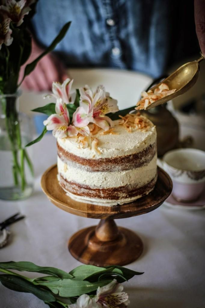 Hummingbird Cake With Cinnamon And Honey Cream Cheese