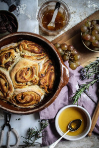 muscat grape honey and nut sourdough rolls