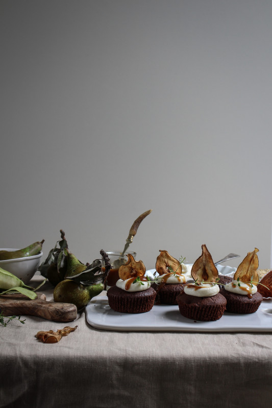 pear and chocolate cakes with mascarpone and earl grey caramel