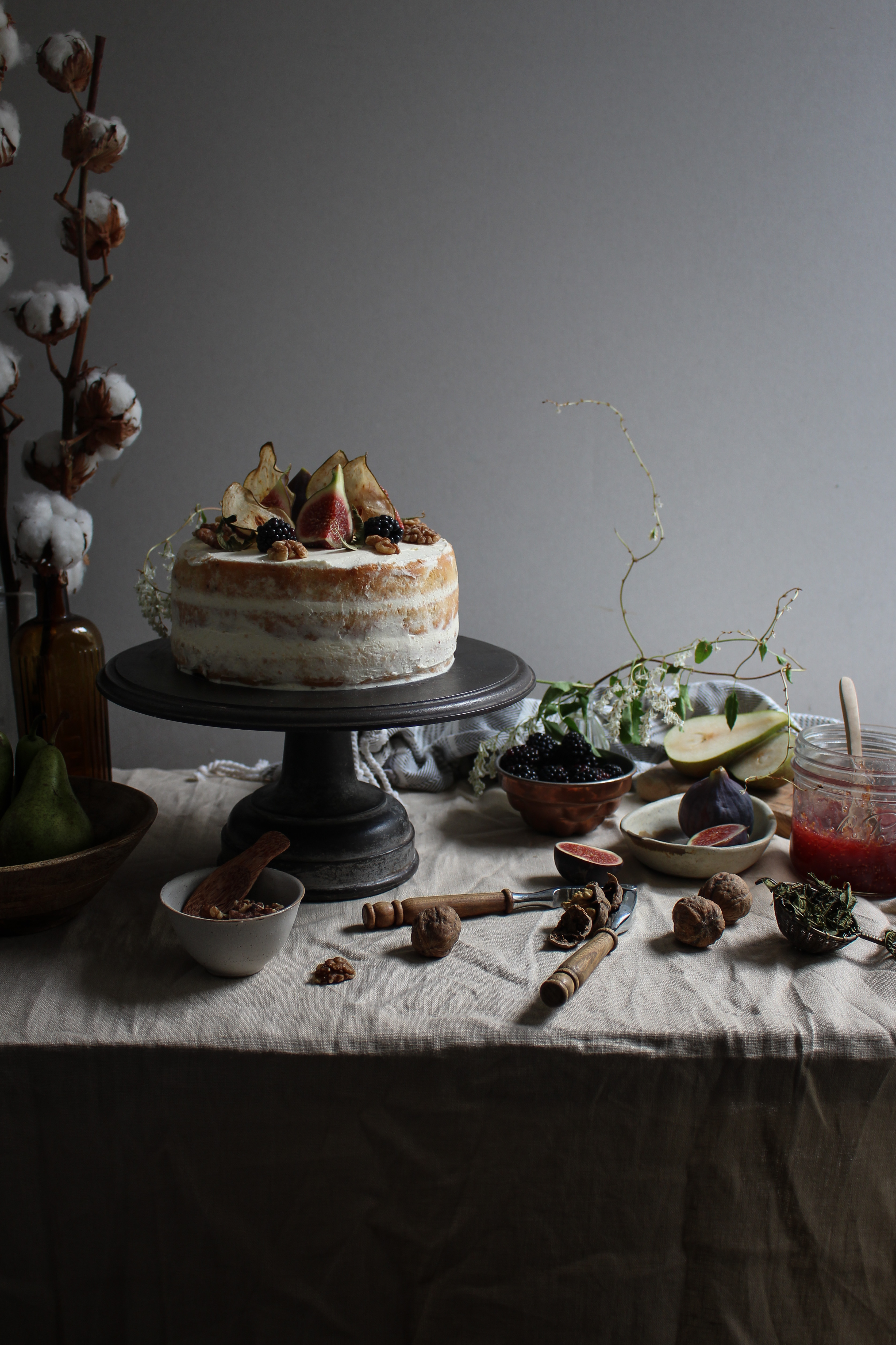 Blackberry pear and walnut cake with fig and lemon verbena for Blackberry pear jam