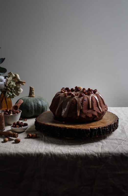 chocolate pumpkin cake with hazelnut praline frosting-1-14