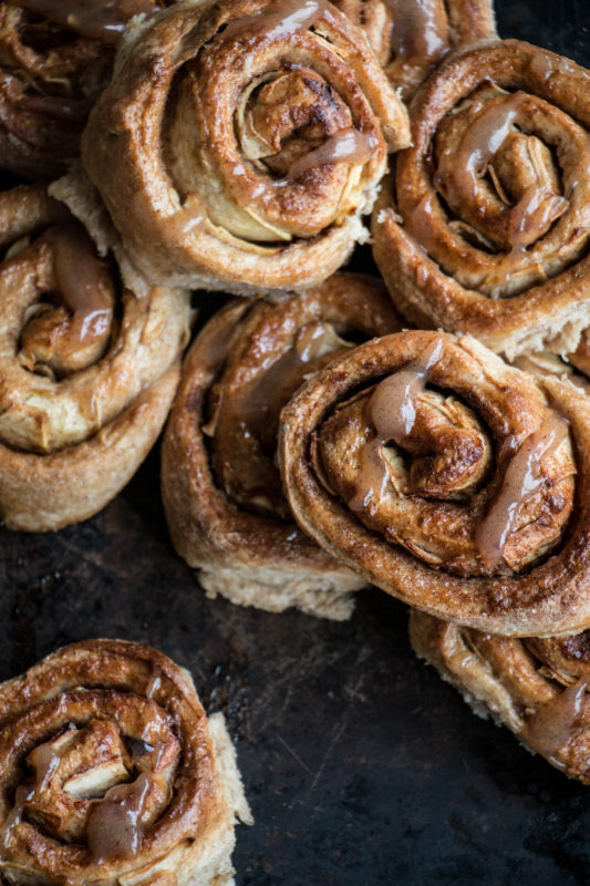 vegan-apple-cinnamon-buns-1-15