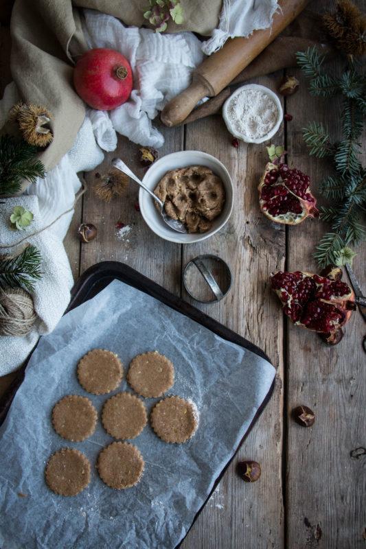 chestnut-cookies-with-pomegranate-glaze-1-11