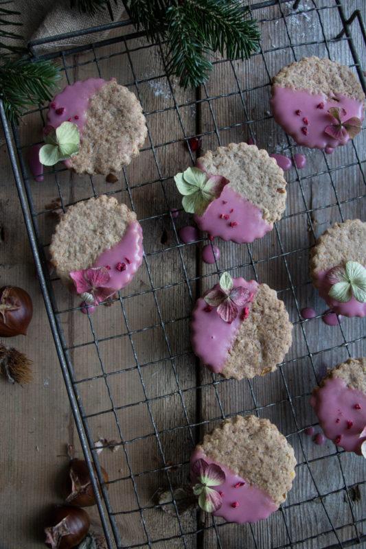 chestnut-cookies-with-pomegranate-glaze-1-5