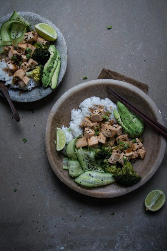 teriyaki tofu rice bowls