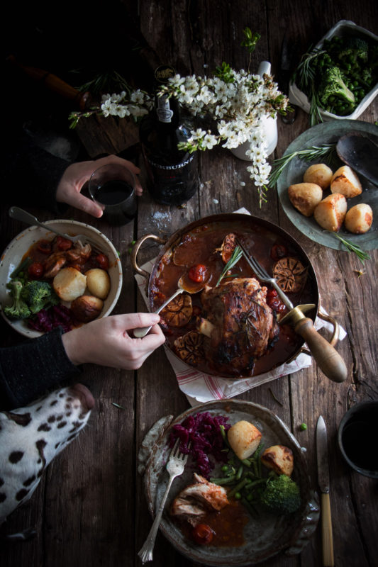 roast lamb with port tomato and caramelised onion sauce