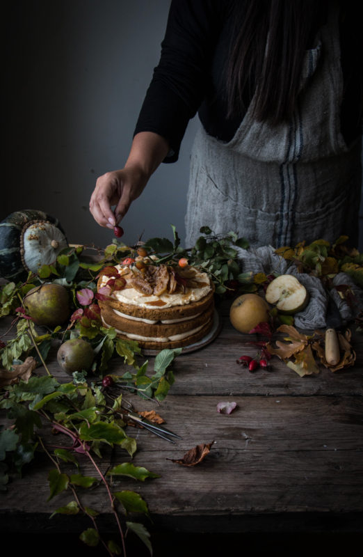 vegan pumpkin cake with caramel apples and workshop recap