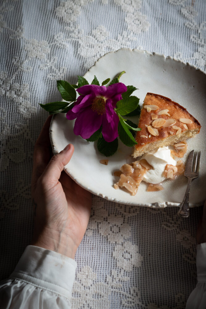 semolina almond cake with wild rose syrup